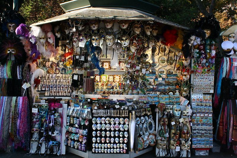 Buy souvenirs like these in Venice without having to exchange currencies—use Bitcoin instead!
